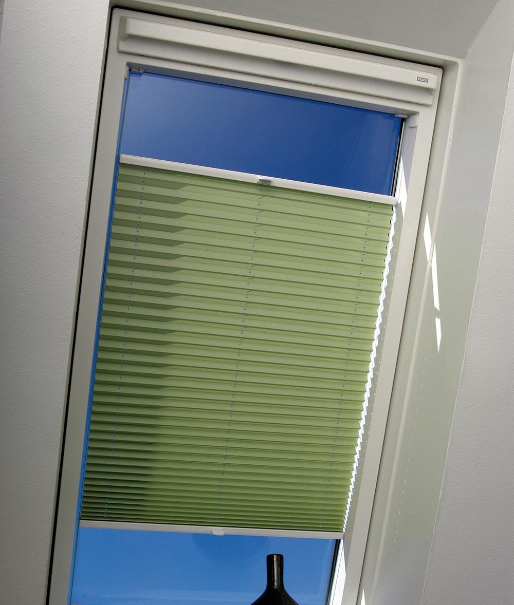 Plissee blassgrün